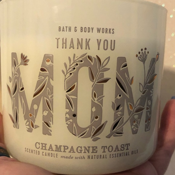 BBW Brand New Champagne Toast 3 Wick Candle